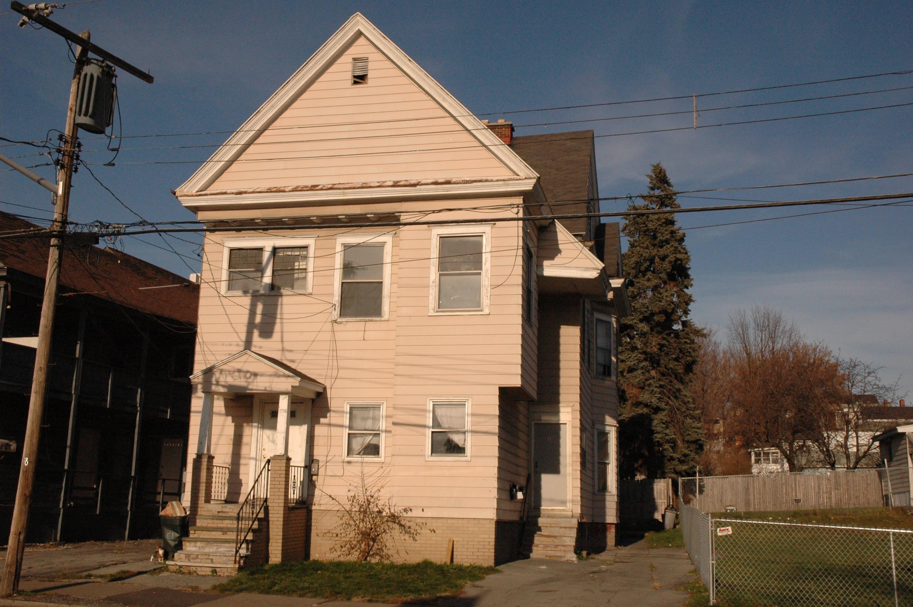 1706 Lodi St Syracuse Ny 13208 Syracuse Central Ny